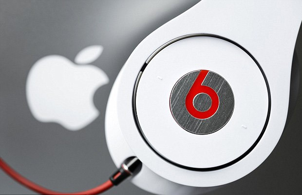 apple-beats-by-dre-headphones-620x400